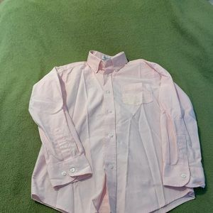IZOD long sleeve button down shirt